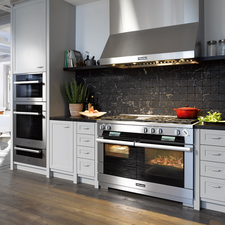 Miele range and ventilation system