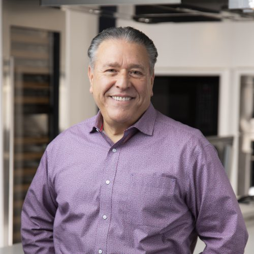 Mario Mercone, Caplan's Appliances Sales Representative